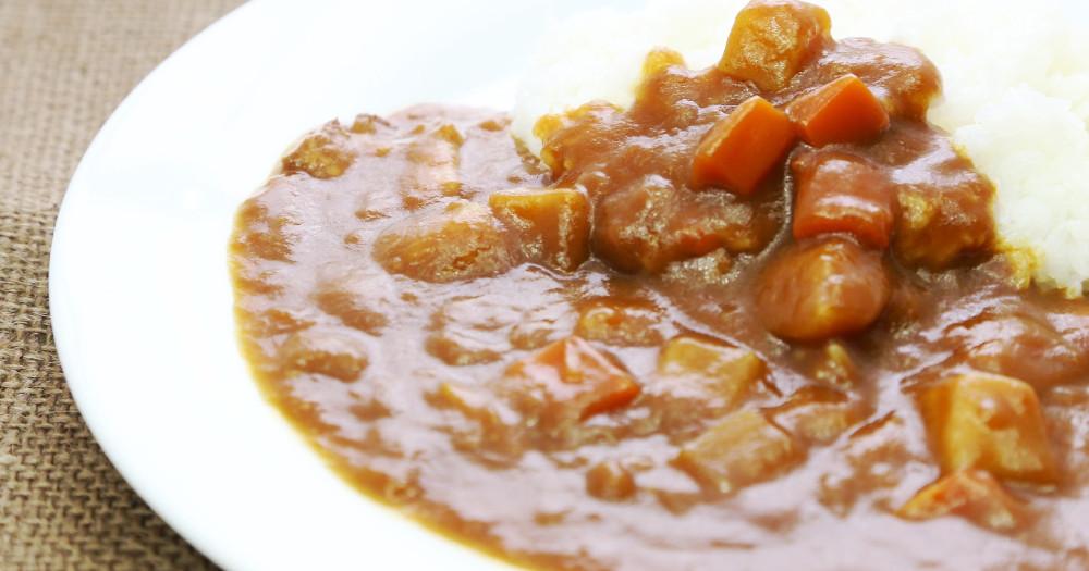残ったカレーをリメイク! カレーをおいしく食べきる簡単節約レシピ