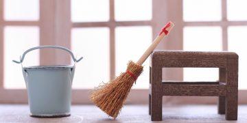 ほこりが付きにくくなる!本棚と本の掃除方法