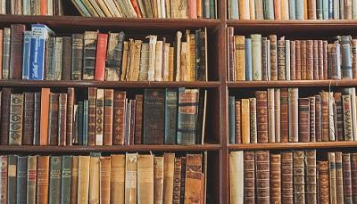 本棚と本の量に合わせた収納法