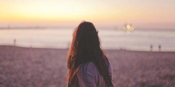 鴻上尚史『孤独と不安のレッスン』|価値観を変えて、より良い人生を。
