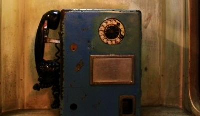古い公衆電話