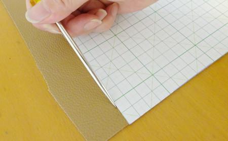 革製ブックカバーの作り方2
